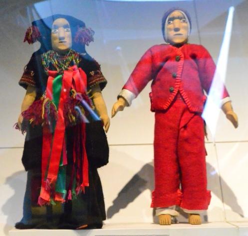 Muñecos de Madera Museo de Arte Popular