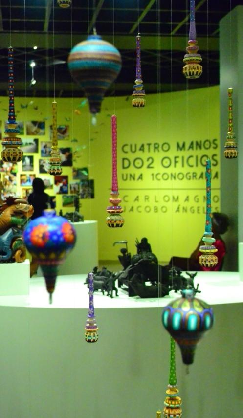 """""""Cuatro manos, dos oficios, una iconografía"""" Museo Arte Popular"""
