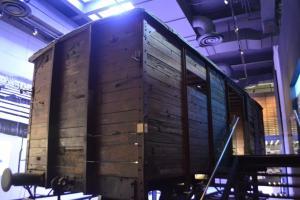 Vagón para transportar personas a los campos de concentración
