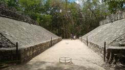 Juego de Pelota Cobá, zona arqueológica Quintana Roo