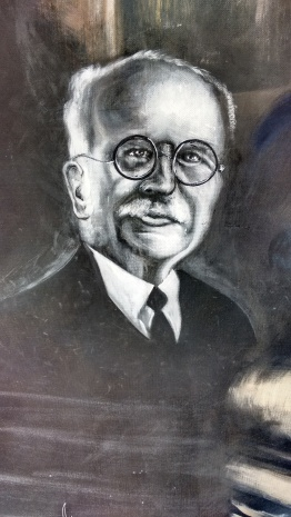 Dr, Juan Graham Casasús  Foto mural hospital